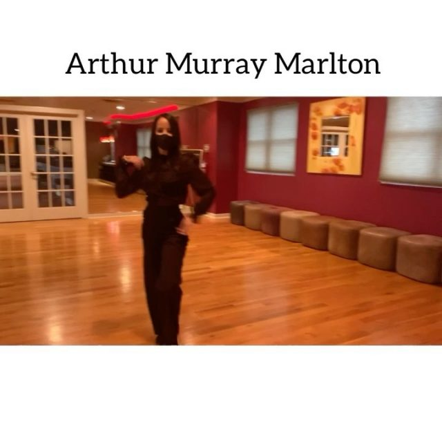 On the 8th day of Christmas my dance love gave to me... (8 Maids a Milking )  💃🏼  Can you tell the staff (8 maids) at @arthurmurraymarlton  are busy having fun with our dance family ? 😊 Have you identified your your instructor. 🌲 Leave your holiday greetings in the comment section below!   Happy Happy Happy Holidays! Keep dancing!   #arthurmurraymarlton or #arthurmurrayphilly #12daysofdance #arthurmurraylifestyle #arthurmurraylifestyle